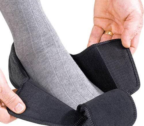 נעלי בית רגליים נפוחות