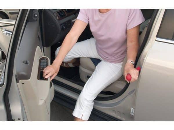 ערכת עזרים לרכב