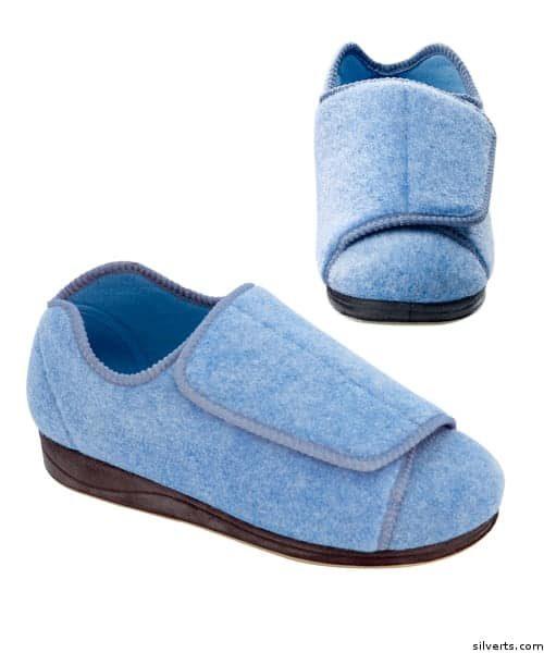 נעלי בית לנשים